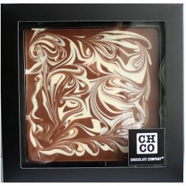 Молочный шоколад CHOCBAR XL DE LUXE молочный 40%с шоколадными шариками и карамелью, 300г (300 гр)